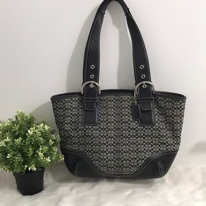 Women Coach signature Shoulder Bag -Black